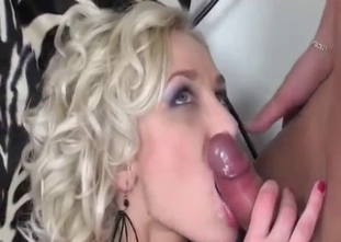 Glamour daughter enjoys anal sex and daddy sperm